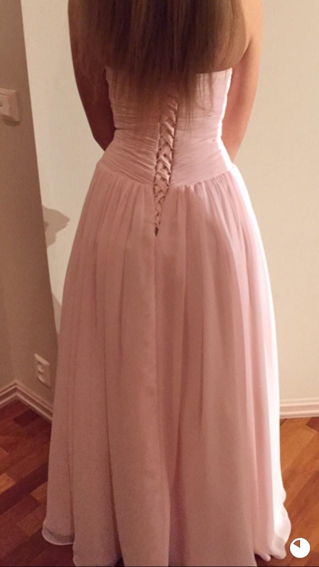 6ecda081 Lei Nydelig agape kjole leies ut av Hege L i Stavanger, Rogaland for 350 -  500 kr/dag